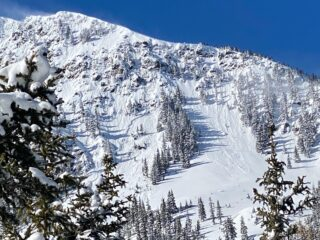 Feb 19, 2021: Natural Persistent Slab avalanche on the backside of Kachina Peak