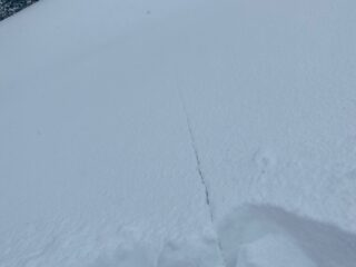 Mar 26, 2021: shooting cracks were widespread near and above treeline on steep slopes