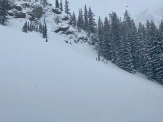 Mar 26, 2021: Small natural avalanche on steep terrain below the rock band